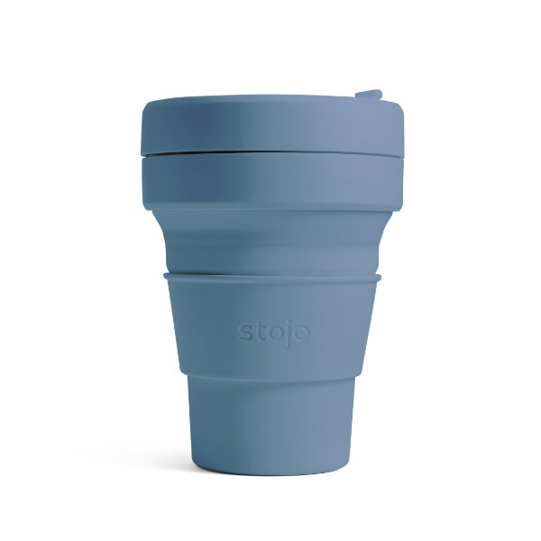 stojo Pocket Cup - faltbarer Coffee to go Becher in Blau (steel)